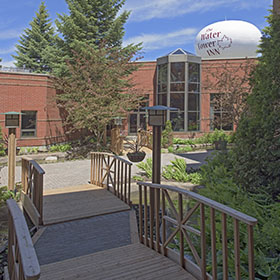 Courtyards for meeting break-outs and wedding ceremonies - Algoma's Water Tower Inn & Suites