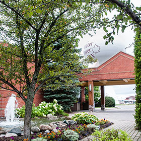 Banquet and convention space with separate entrance - Sault Ste. Marie Hotel